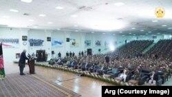 رئیس جمهور اشرف غنی حین سخنرانی در وزارت دفاع افغانستان