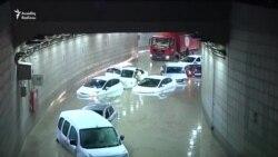 Ankarada sel onlarla maşını tuneldə basıb