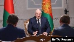 Олександр Лукашенко під час інтерв'ю з російськими державними телеканалами 8 вересня