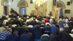 Worshippers Throng Pristina's Historic Mosque For Holiday Prayers