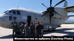 Авионот Ц-27 Спартан на романското воено воздухопловство, кој е специјализиран за гаснење пожари