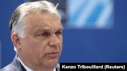 Orbán Viktor brüsszeli NATO-csúcstalálkozóra érkezik 2021. június 14-én