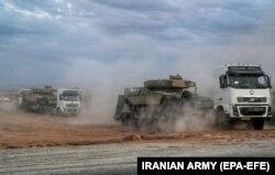 انتقال تجهیزات برای رزمایش فاتحان خیبر در شمال غرب ایران