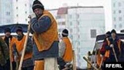Tajik migrant workers in Russia