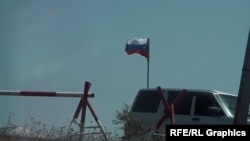 Ermenistan-Tavuş bğlgəsində Rusiya bayrağı