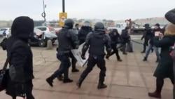 Задержания на пикете против поправок в Конституцию в Петербурге
