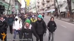 Студенти київських вишів йдуть на віче