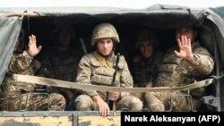 Военнослужащие армии обороны Карабаха. 29 сентября 2020 года.