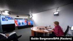 Германската канцеларка Ангела Меркел од Берлин учествува на онлајн состанокот на Г7 , 24.08.2021