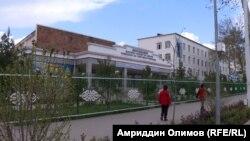 Бинои Донишкадаи фарҳанг ва санъати Тоҷикистон