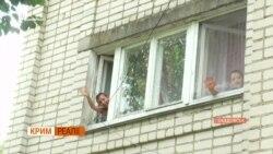 Люди возвращаются в отравленный Армянск | «Крым.Реалии» (видео)