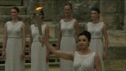 Pishtari olimpik ndizet në Athinë