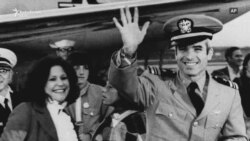 Vdes John McCain, senator, veteran dhe kandidat presidencial