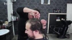 Srebreničani doniraju kosu za djecu