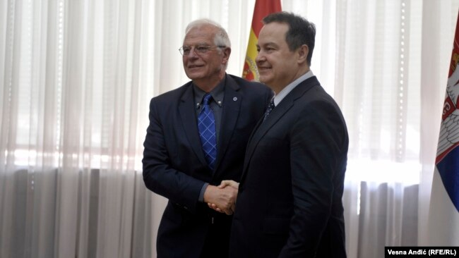 Ministri i Jashtëm i Spanjës, Josep Borrell, dhe ministri i Jashtëm i Serbisë, Ivica Daçiq. Beograd, mars, 2019.
