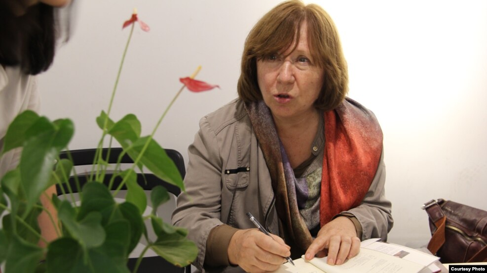 Nobel Prize-winning author Svetlana Alexievich is just one of a number of high-profile writers to leave Moscow's PEN Center (file photo).