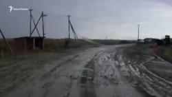Ливень в Крыму: на трассе Керчь-Курортное застряли десятки машин (видео)