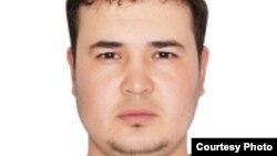 """Репортер Радио """"Свободная Европа""""/Радио """"Свобода"""" Ровшан Йазмухамедов."""