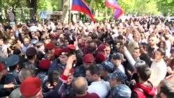 Нови протести и тензии во Ерменија