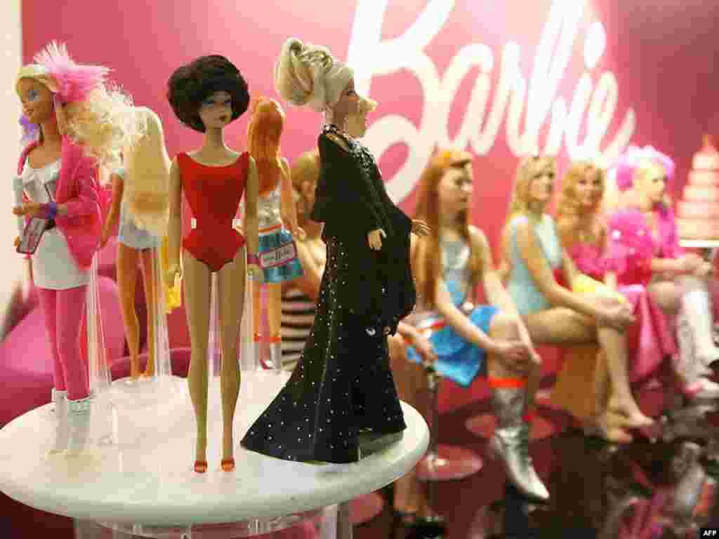 5 февраля - 50 лет кукле Барби