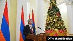 Президент Армении Серж Саргсян выступает с речью на приёме для журналистов по случаю праздников Нового года и Святого Рождества, Ереван, 23 декабря 2016 г․