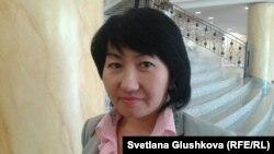«Халықаралық құқықтық бастама» қоғамдық ұйымының президенті Айна Шорманбаева. Астана, 19 қыркүйек 2013 жыл.