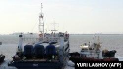 Паром в Керченском проливе, иллюстрационное фото