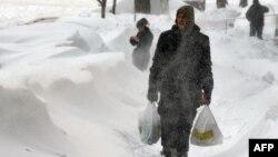 Последствия снежной бури в Киеве: высота снежного покрова местами достигала 1 метр