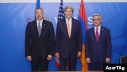 Ильхам Алиев, Джон Керри и Серж Саргсян во время встречи в Уэльсе 5 сентября 2014 года