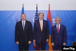 Azərbaycan prezidenti Ilham Əliyev, ABŞ dövlət katibi John Kerry və Ermənistan prezidenti Serzh Sargsyan, 5 sentyabr 2014