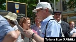Duminică la alegeri la Chișinău