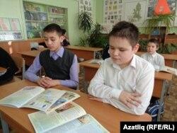 Айдар Такутдинов (у) һәм Нияз Тукманов