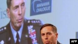 ژنرال ديويد پترايوس، فرمانده عمليات نظامی آمريکا در خاورميانه و آسيای مرکزی