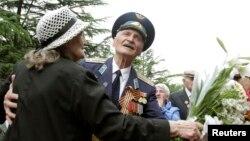 В этот день – 9 мая – проживающие в Тбилиси ветераны Второй мировой войны традиционно собираются в парке Победы в Ваке