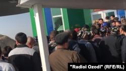 Очереди на таджикско-узбекской границе
