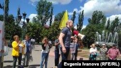 Игорь Рудников на митинге в Калининграде после освобождения
