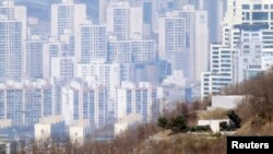 "Günorta Koreýanyň ""Patriot"" raketalarynyň ýerleşýän ýeri, Seul, 11-nji aprel, 2013."