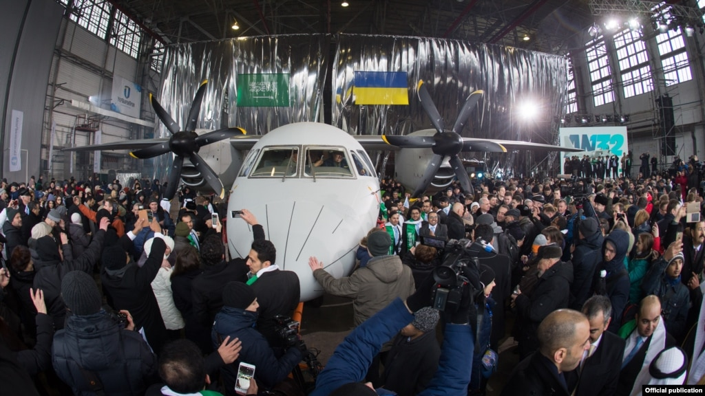 nv.ua Новий літак Ан-132D держпідприємства «Антонов» виконав перший політ 78459e1d2b184