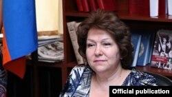 Հայաստանի Ազգային ժողովի փոխնախագահ Հերմինե Նաղդալյան, արխիվ