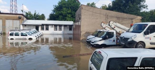 Vërshimet në Gjilan më 17 korrik, pas shirave të rrëmbyeshëm.