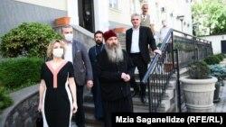 ნინო ლომჯარია და ეპისკოპოსი იაკობი 17 ივნისს გამართული შეხვედრის შემდეგ