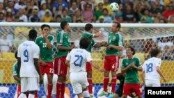 Италия менен Мексиканын беттешүүсү, Рио де Жанейро, 16-июнь 2013-жыл