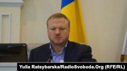 Голова Дніпропетровської облради Святослав Олійник каже, що соби всіх учасників конференції встановлені, у них взяли аналізи