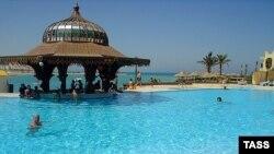 До сих пор взрывы в туристических зонах не смогли отвадить российских туристов от египетских красот