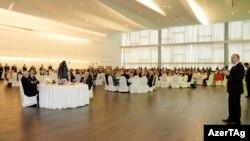 İlham Əliyevin adından ATƏT Parlament Assambleyasının illik sessiyasının iştirakçılarının şərəfinə şam yeməyi verilib.