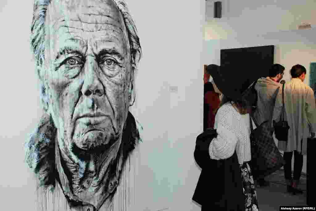 Германиялық суретші Хендрик Байкирх салған портрет. Ол негізінен портретті ақ кенепке қара бояумен бүркіп жазады.
