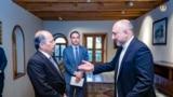 Kabul, Afghanistan: Afghanistan foreign minister Haneef Atmar (right) talks to Pakistan ambassador to Kabul (left)