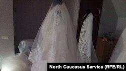 Кавказские этнические платья пока уступают в конкуренции европейским