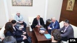 Премиерът Борисов и здравният министър Ананиев се срещнаха с представители на протестиращите.