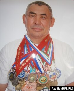 Фәнис Нуретдинов
